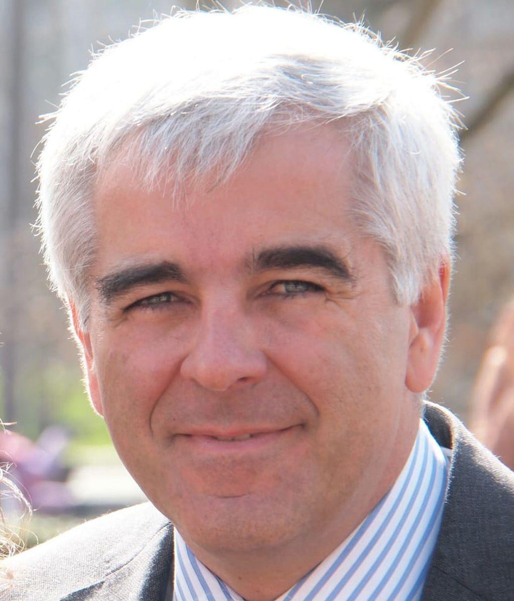 Iñigo Ucelay, Otorrinolaringólogo IMQ