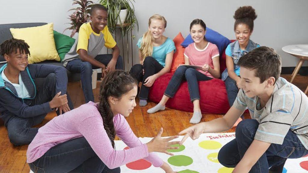 Hasbro y Mediaset lanzan la iniciativa  #JugarEnCasaMola con consejos, ideas y juegos para el confinamiento en casa