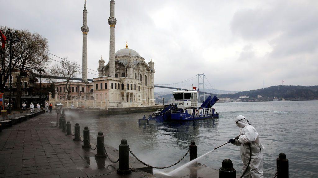 90.000 reclusos turcos serán liberados por el coronavirus tras una reforma legal