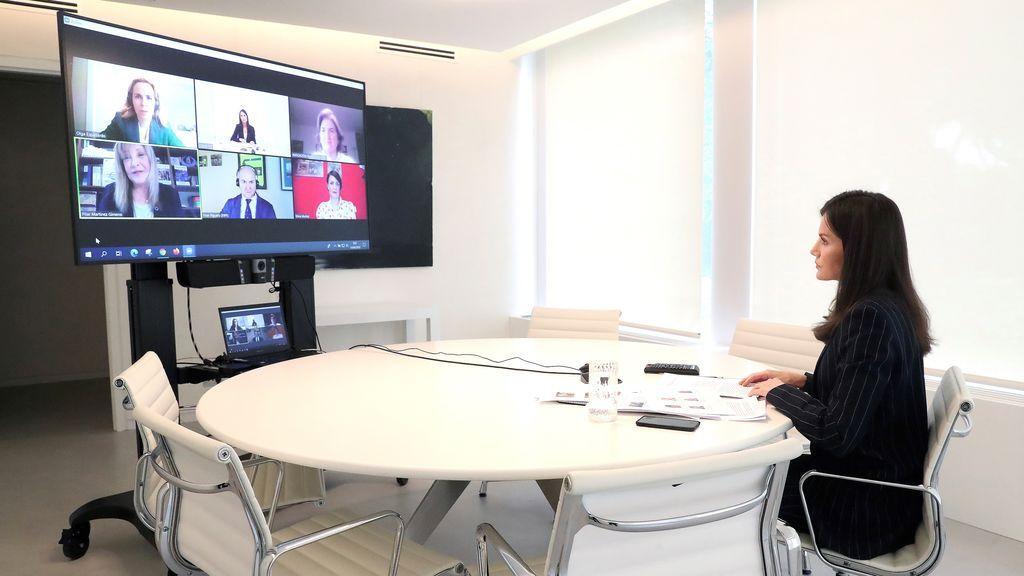 La reina Letizia durante la videoconferencia con asociaciones de diabéticos