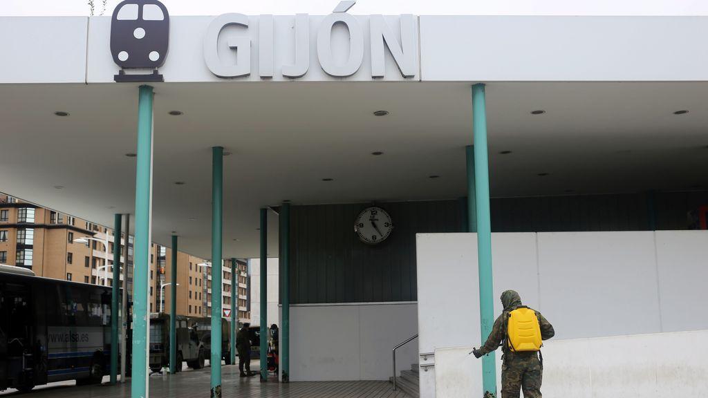 Ni se puede pasear en Albacete o Ciudad Real ni se ha suspendido la Semana Grande de Gijón