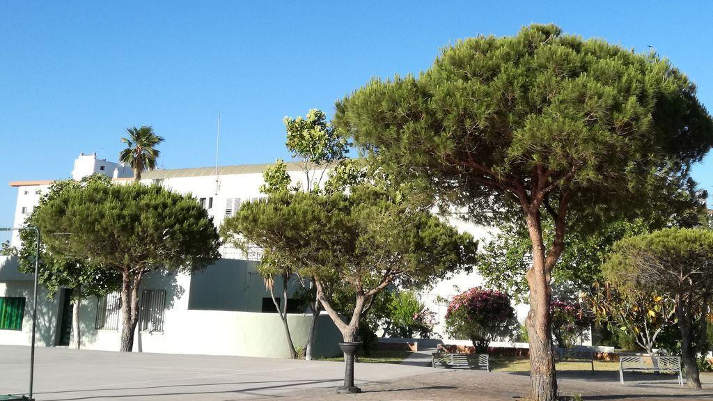 Una vista del patio del IES Ciudad de Algeciras