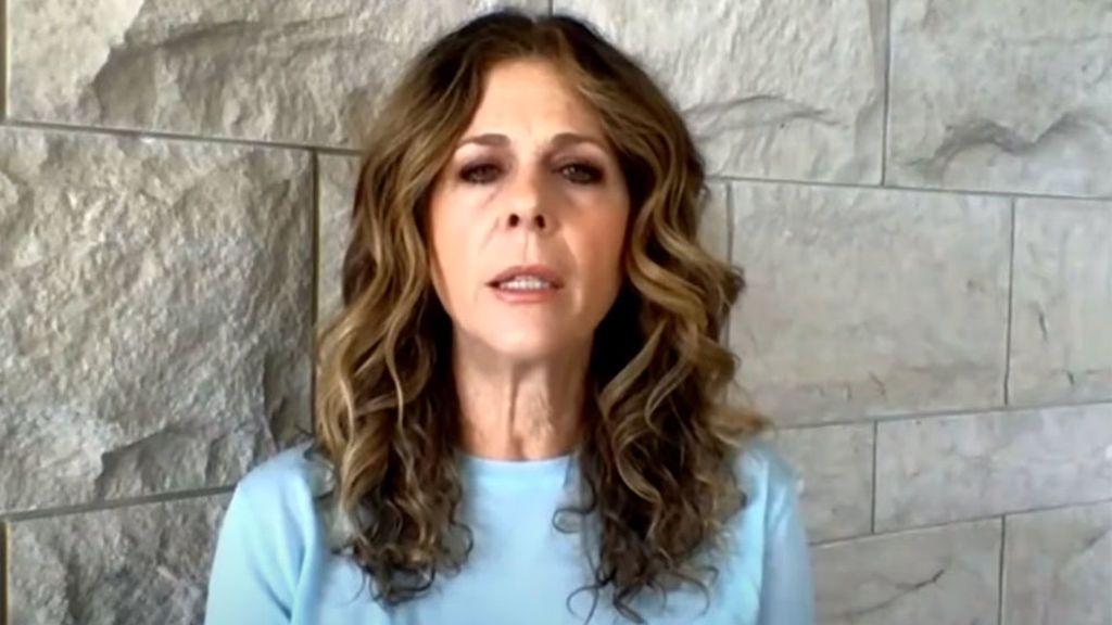 """La mujer de Tom Hanks alerta de los """"efectos secundarios"""" de la cloroquina que tomó para el coronavirus"""