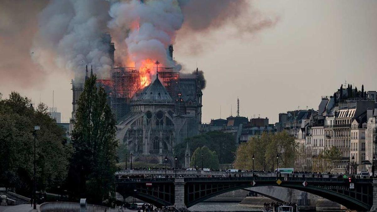 Notre Dame paralizada por el coronavirus un año después del incendio