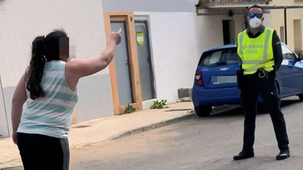 La Guardia Civil detiene en Murcia a una falsa enfermera que diagnosticaba casos de coronavirus