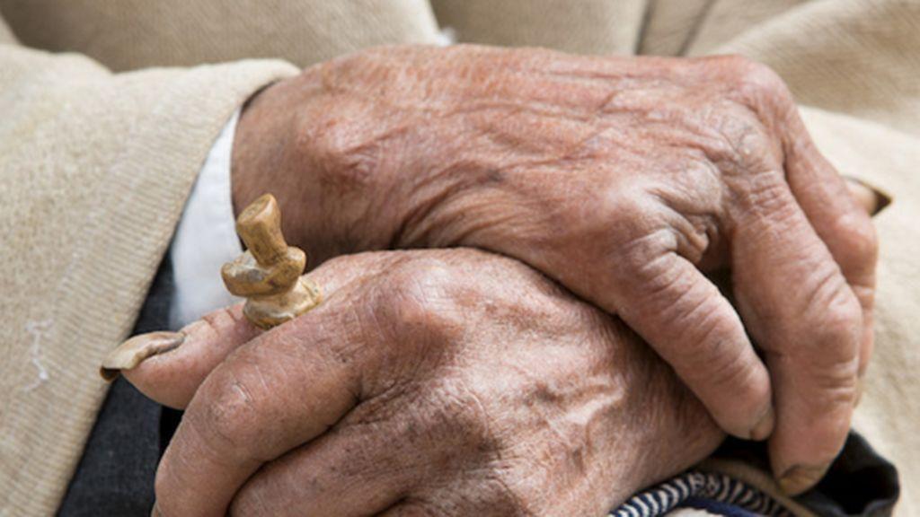 Sanidad reconoce que mantener aislados a los ancianos hasta verano está dentro de sus planes