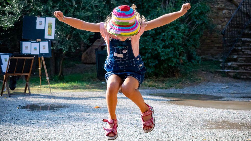 La Generalitat aprueba un plan que permitirá a los menores de edad salir a la calle