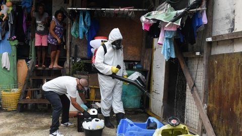 Brasil bate récord de muertos por coronavirus mientras crece el ...