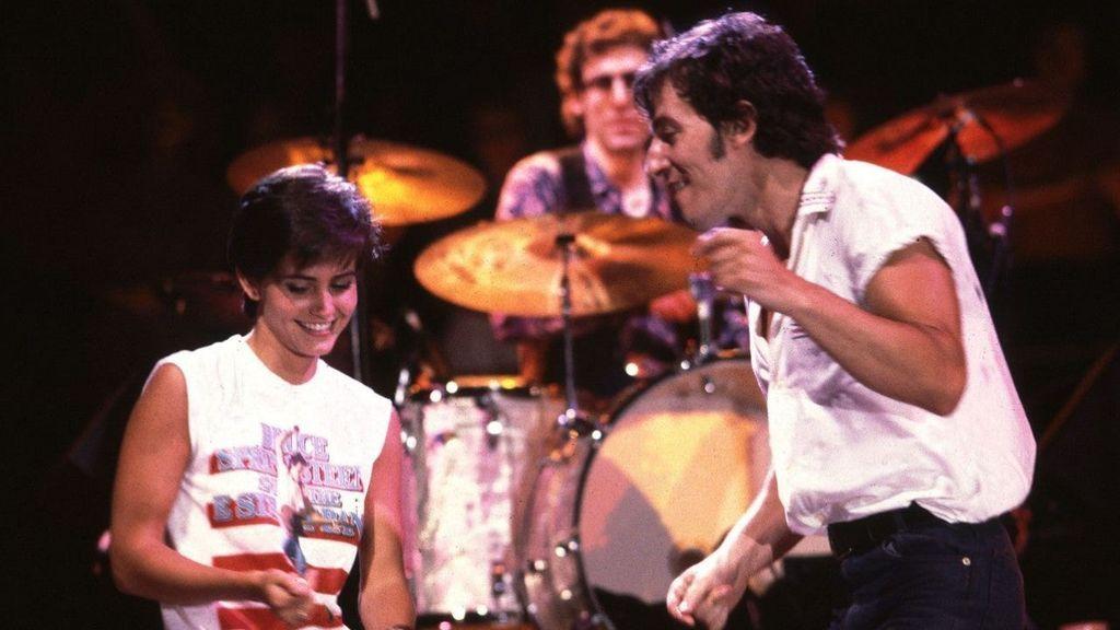 La primera aparición de Courteney en un videoclip de Bruce Springsteen.