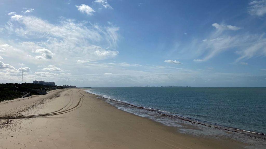 La playa vista desde el Hotel Playa de la Luz de Rota