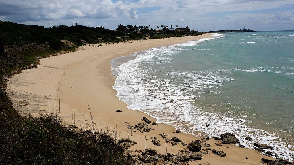 Sin playa no hay paraíso: ayuntamientos y hoteleros piden saber como y cuando, se abrirán las playas