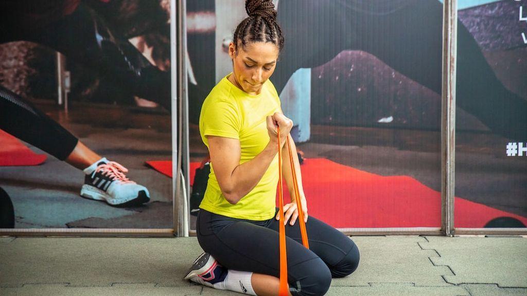 Ejercicio bíceps en casa 30 minutos