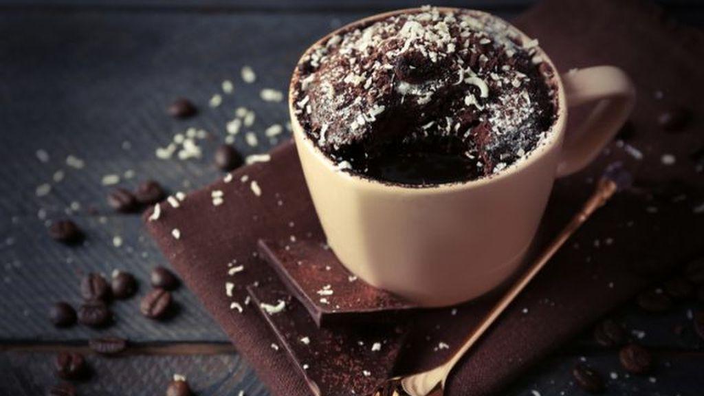 Coulant de chocolate en taza.