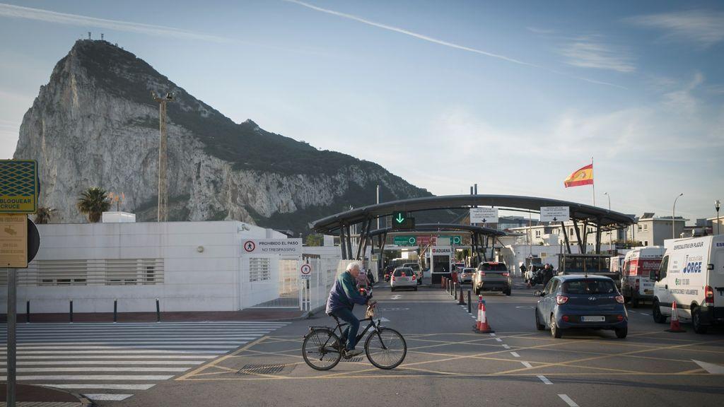 Daños colaterales: Hacienda confisca a gibraltareños residentes en España sus coches matriculados en el Peñon