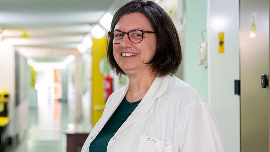 """Sonia Zúñiga, investigadora de la vacuna contra el coronavirus en España: """"En invierno no tendremos vacuna, pero sí habrá un medicamento eficaz"""""""