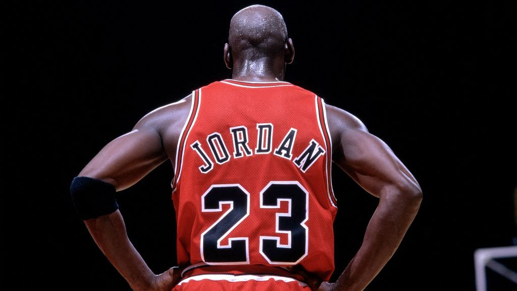 Michael Jordan, con la camiseta de los Chicago Bulls.