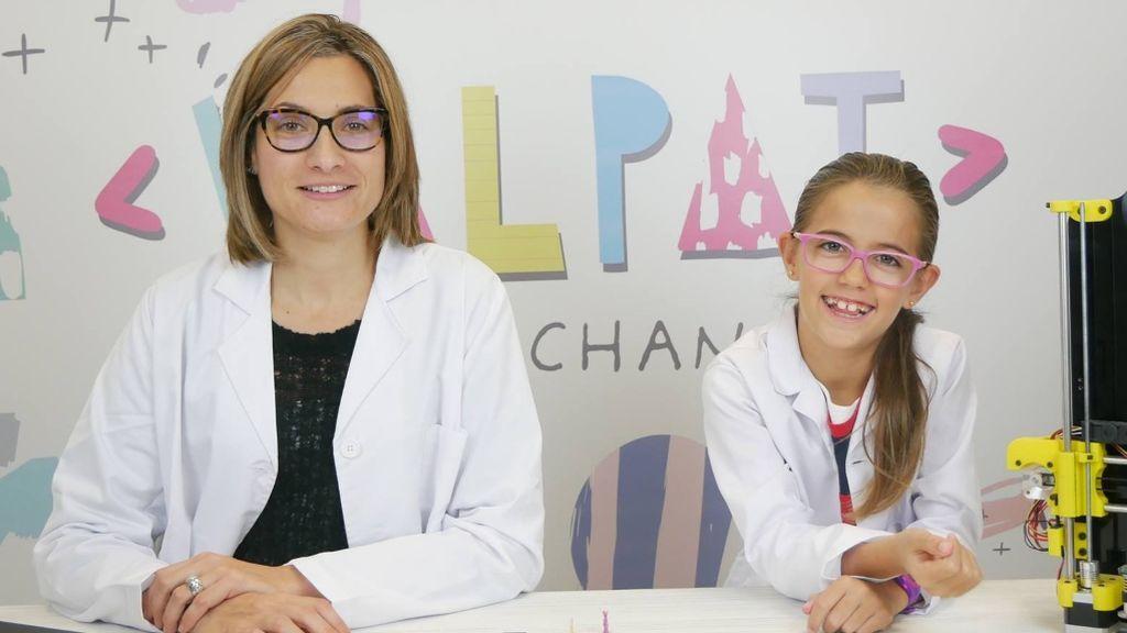 Patricia y Valeria, preparadas para un nuevo vídeo en su canal de Youtube