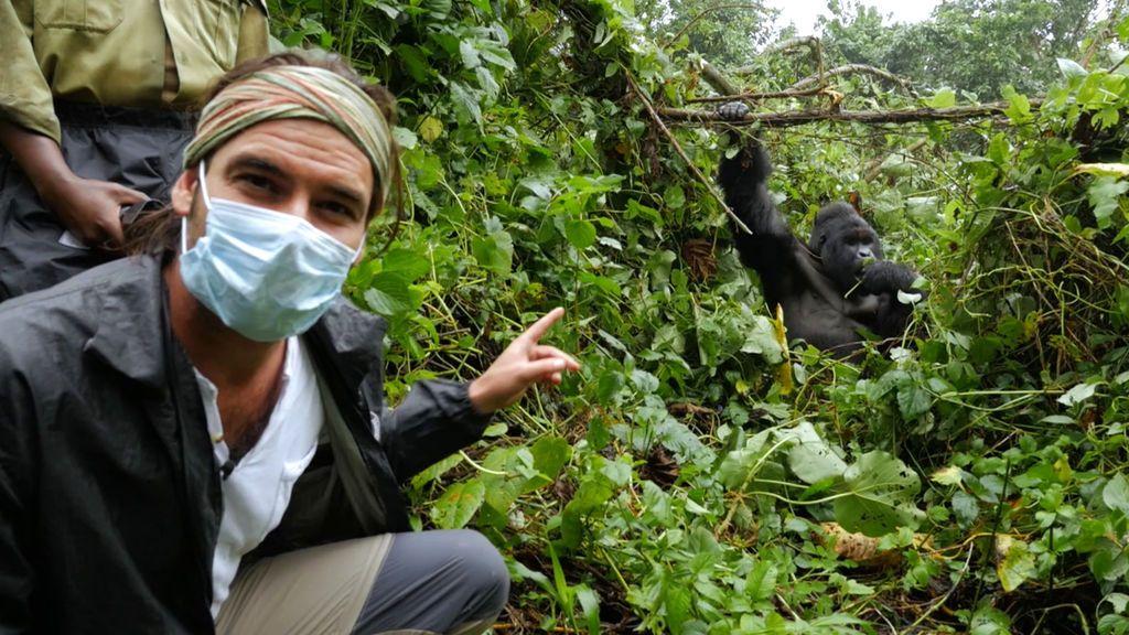 Gorilas de montaña y nuevas complicaciones en la construcción de la escuela Mzungu. Operación Congo Temporada 1 Programa 5