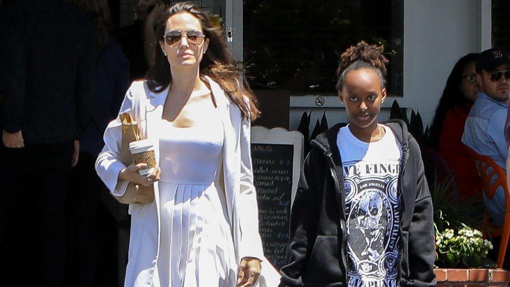 Angelina y su hija Zahara.
