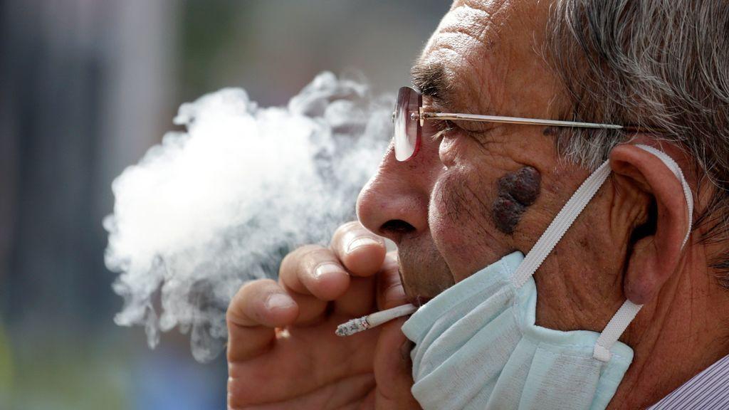 La polémica del tabaco y el coronavirus: Francia cree que la nicotina puede frenar la enfermedad