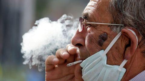La polémica del tabaco y el coronavirus: Francia cree que la ...