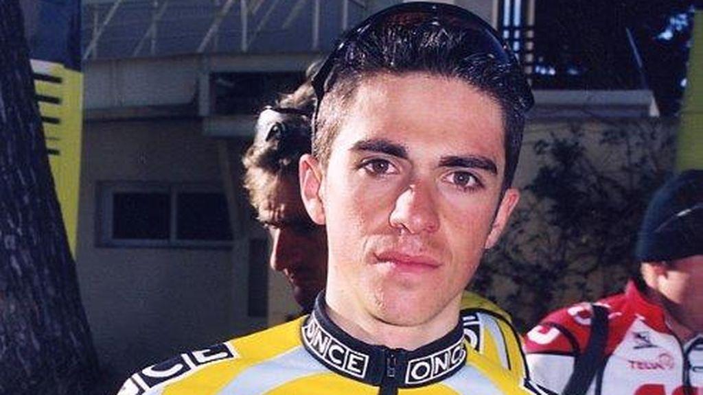 Alberto Contador  tras una carrera ciclista en el año 2003