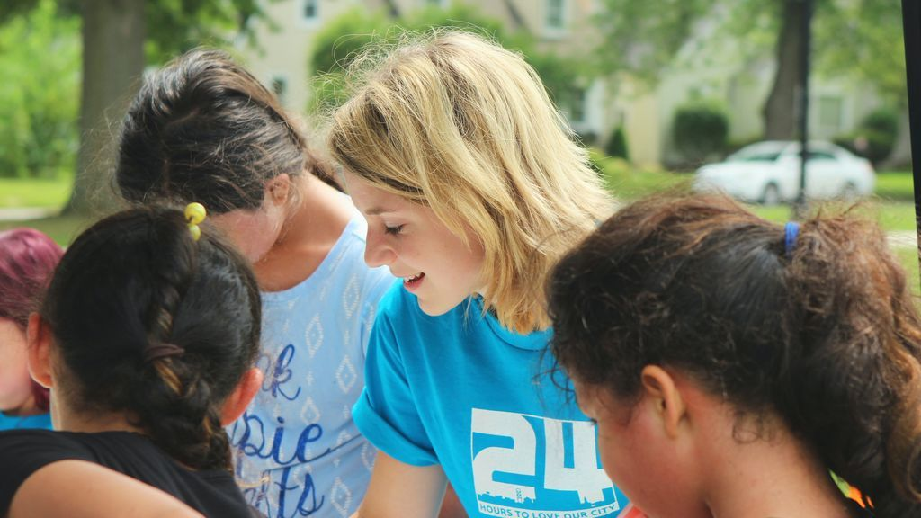 Apuesta por la ayuda humanitaria: las mejores opciones para ser voluntario en el extranjero