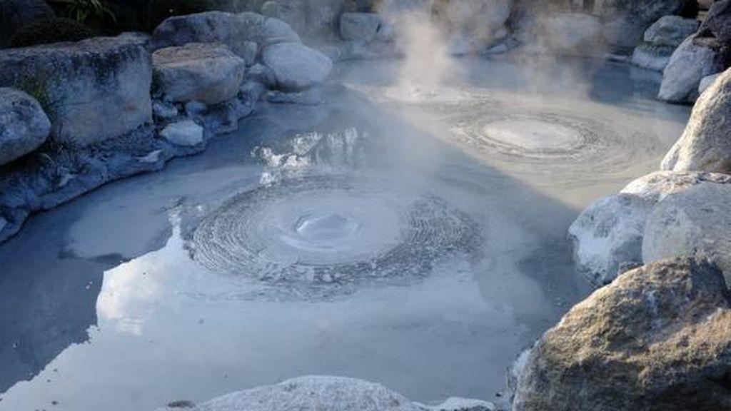 Volcán de barro: el motivo de las burbujas que emergen de la tierra