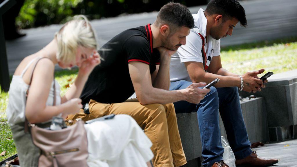 El Gobierno no te espía cuando consulta los datos de tu móvil para luchar contra el coronavirus