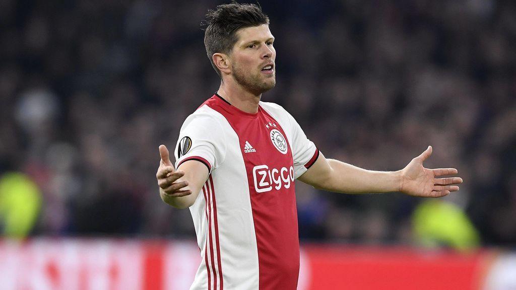 Huntelaar se lamenta en un partido con el Ajax.