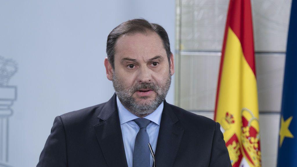 Jos Luis Ábalos, ministrpo de Transporte