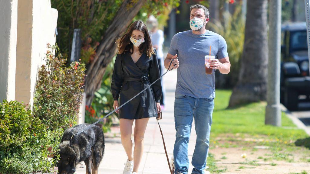 Ben Affleck y Ana de Armas, durante la pandemia.
