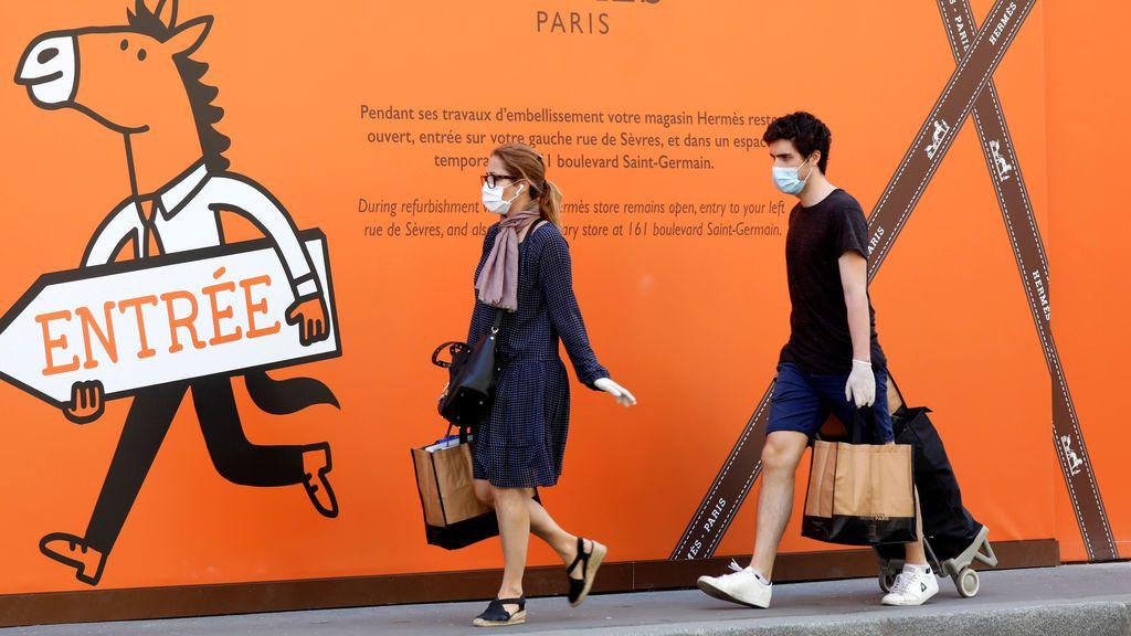 Las farmacias francesas vuelven a vender mascarillas después de que fueran requisadas por el Estado