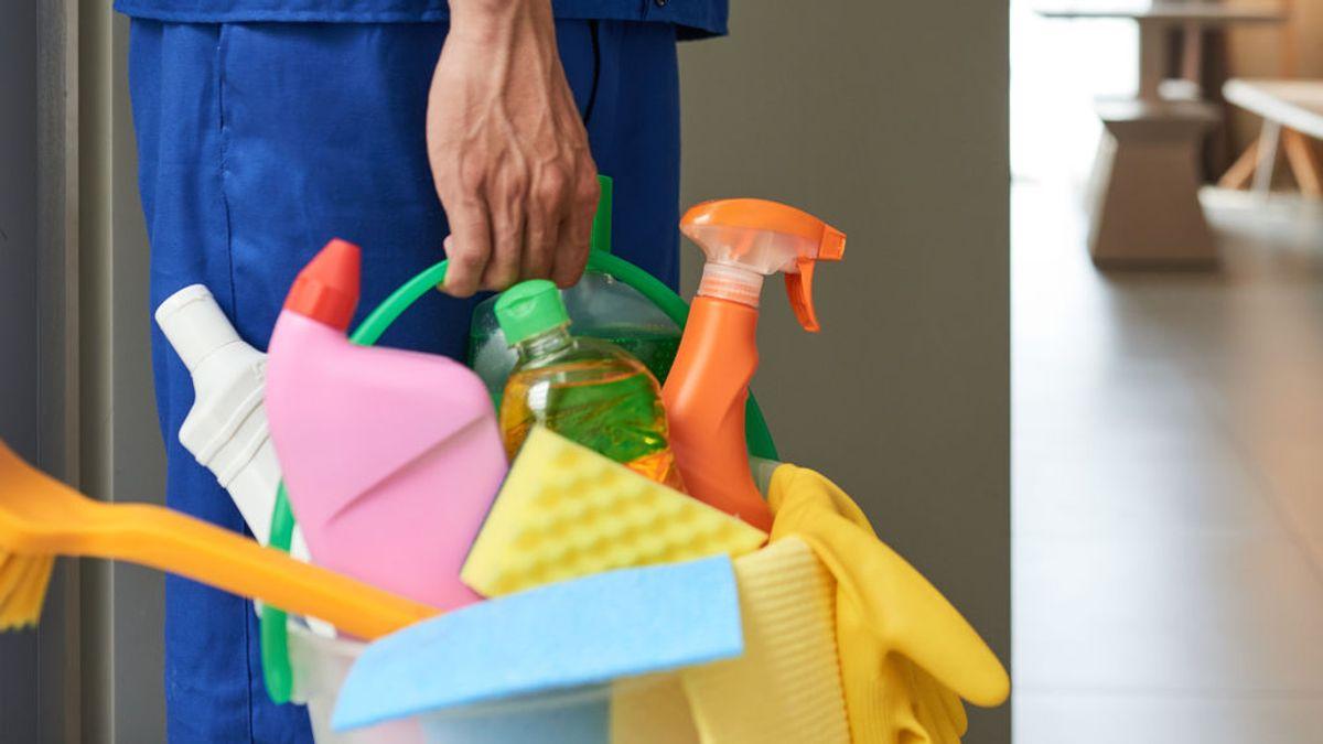 Peligros de la extrema limpieza en cuarentena: de mezclas nocivas de productos a envenenar mascotas