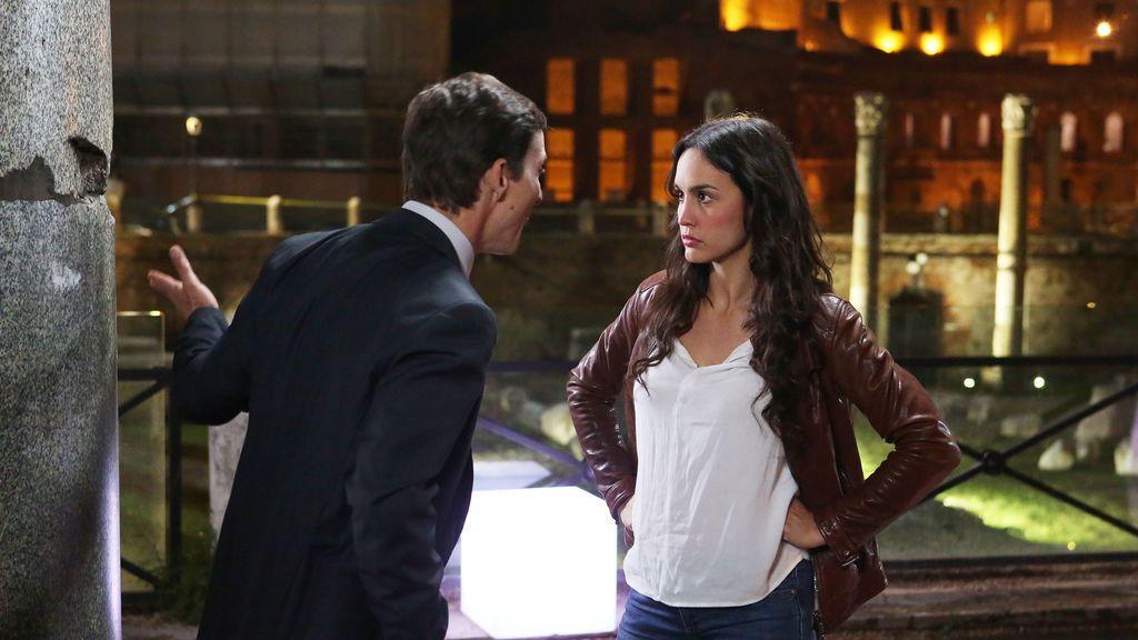 Candela y Massimo comienzan a convivir con sus respectivas parejas, en 'Lejos de ti'