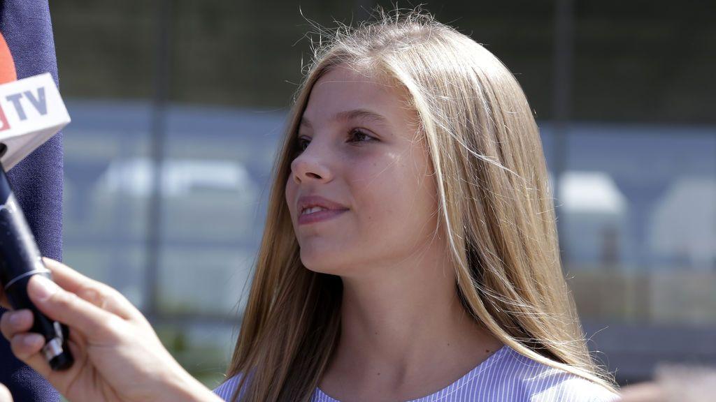 La infanta Sofía cumple 13 años a la sombra de su hermana Leonor y arropada por la reina Letizia