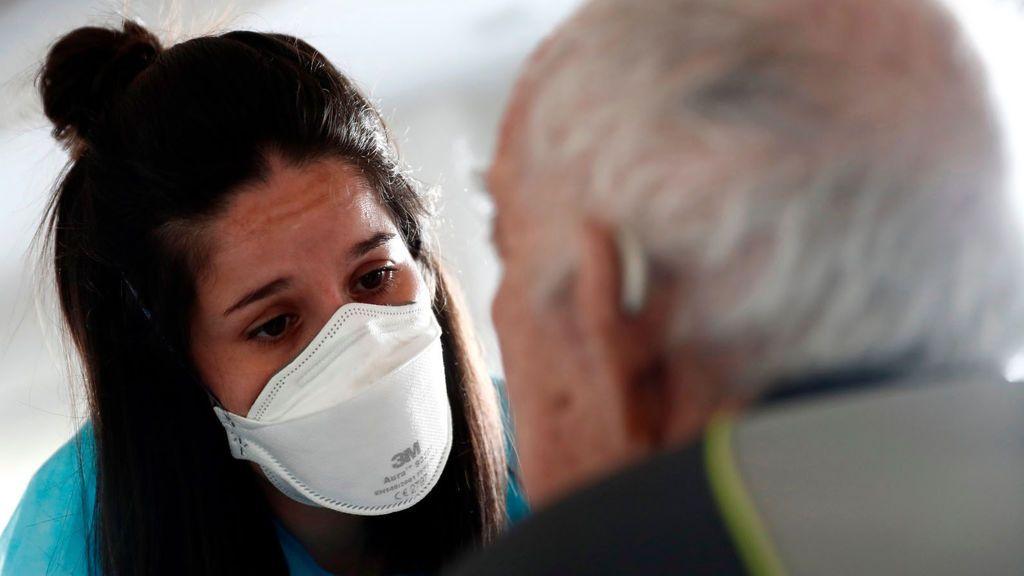 Con 15.610 muertes en geriátricos, Sanidad sigue sin publicar los datos que tiene desde hace 12 días