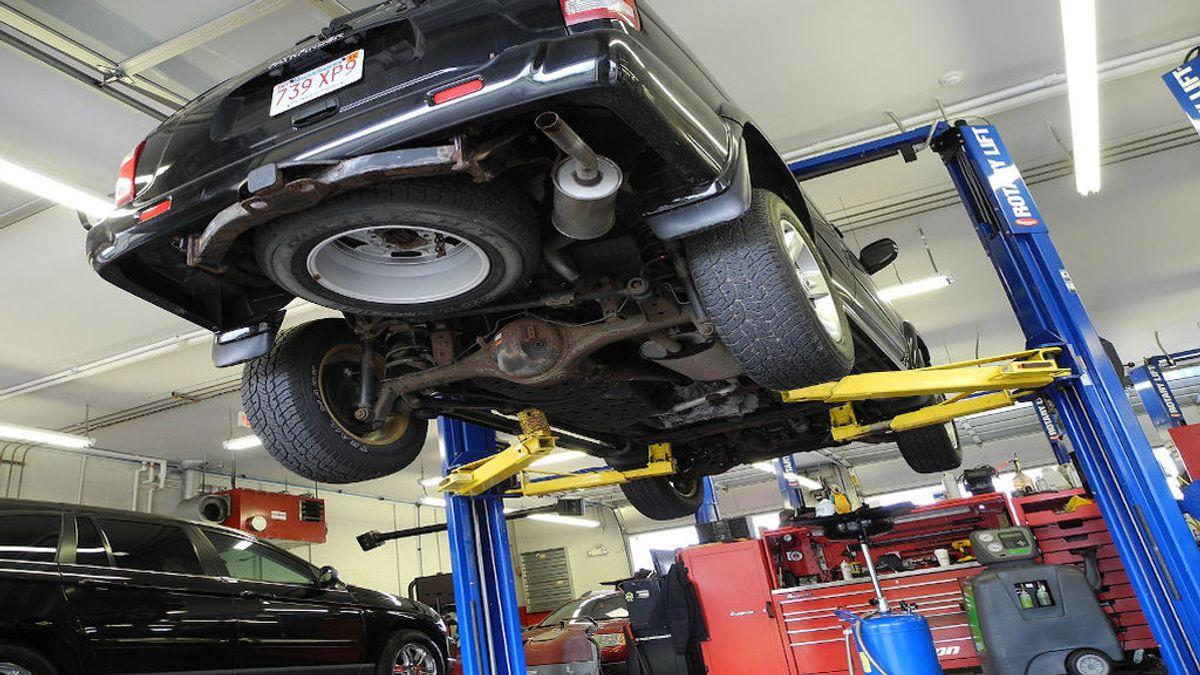 ¿Cuánto cuesta el mantenimiento básico de un coche?