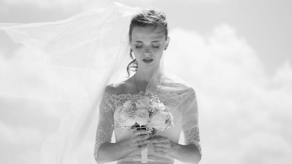 Peinados con coleta para novias e invitadas que van a salvarte la boda