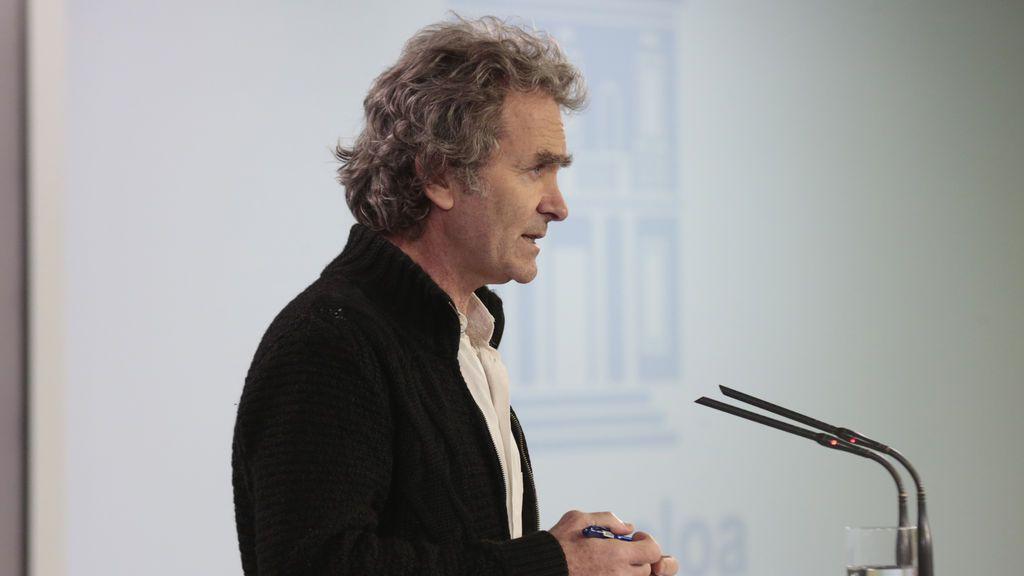 """Simón reconoce que """"es posible que se retrase la toma de medidas"""" de desescalada en Madrid y Barcelona"""