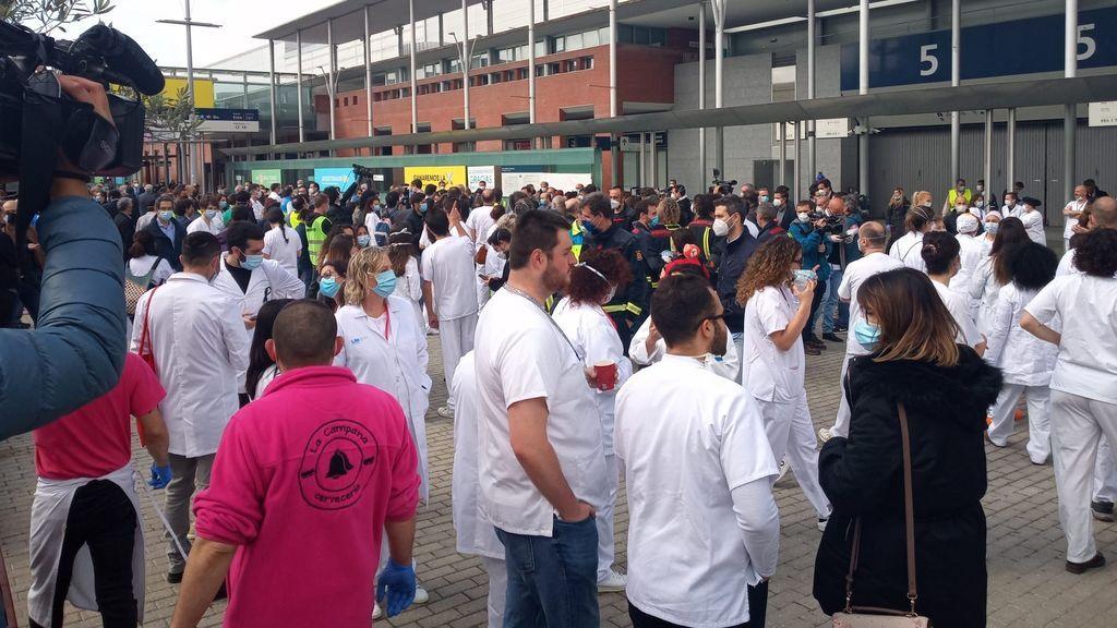 Delegación de Gobierno investigará si se vulneró el distanciamiento social en la clausura del hospital de IFEMA