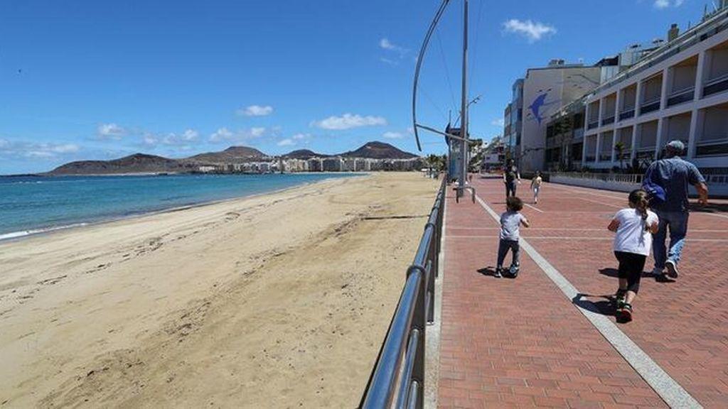 Playa-Canteras- Canarias EFE