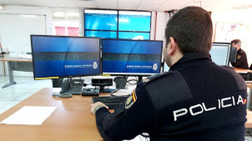 La Policía Nacional detiene en San Juan de Aznalfarache a dos personas por simular ser víctimas del robo de 350. 000 mascarillas