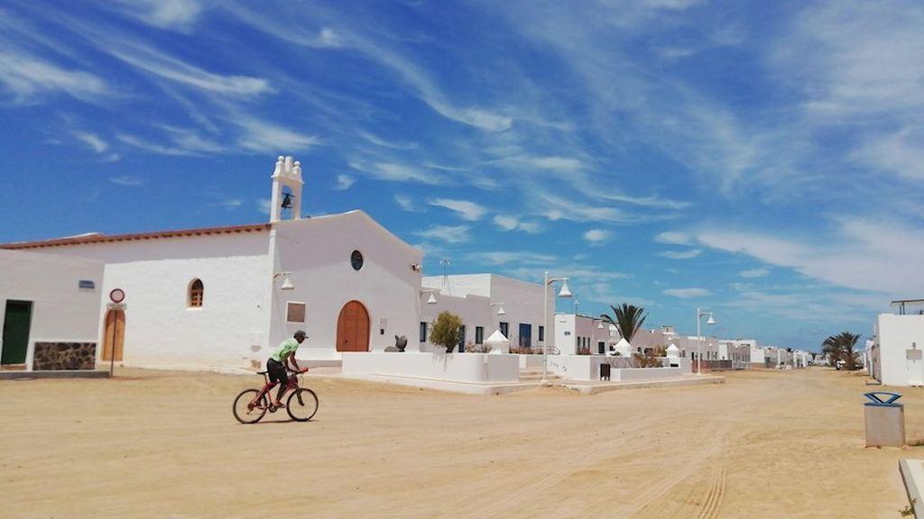 Las ilas de La Gomera, El Hierro, La Graciosa y Formentera permitirán reuniones de 10 personas a partir de lunes