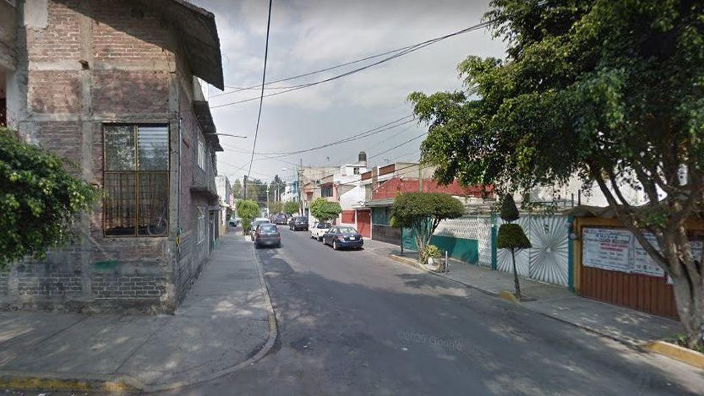 Tres menores encuentran el cadáver degollado de su madre: el novio de la mujer se dio a la fuga tras asesinarla