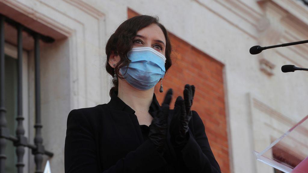 """Ayuso elogia a la ministra Margarita Robles: """"una nueva Manuela Malasaña"""" para Madrid en la crisis sanitaria"""