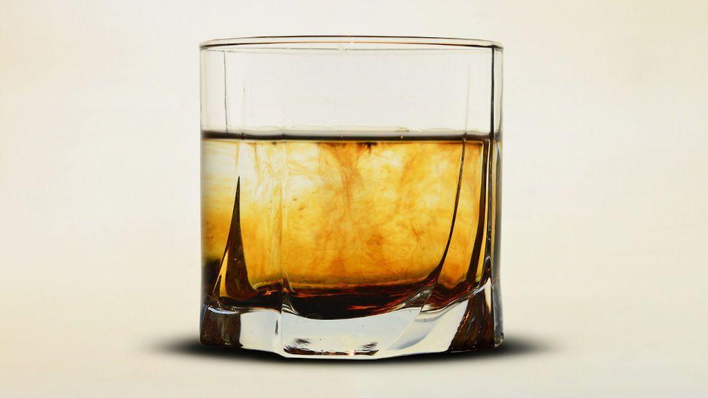 Cómo elegir el vaso adecuado para que tu whisky sepa aún mejor