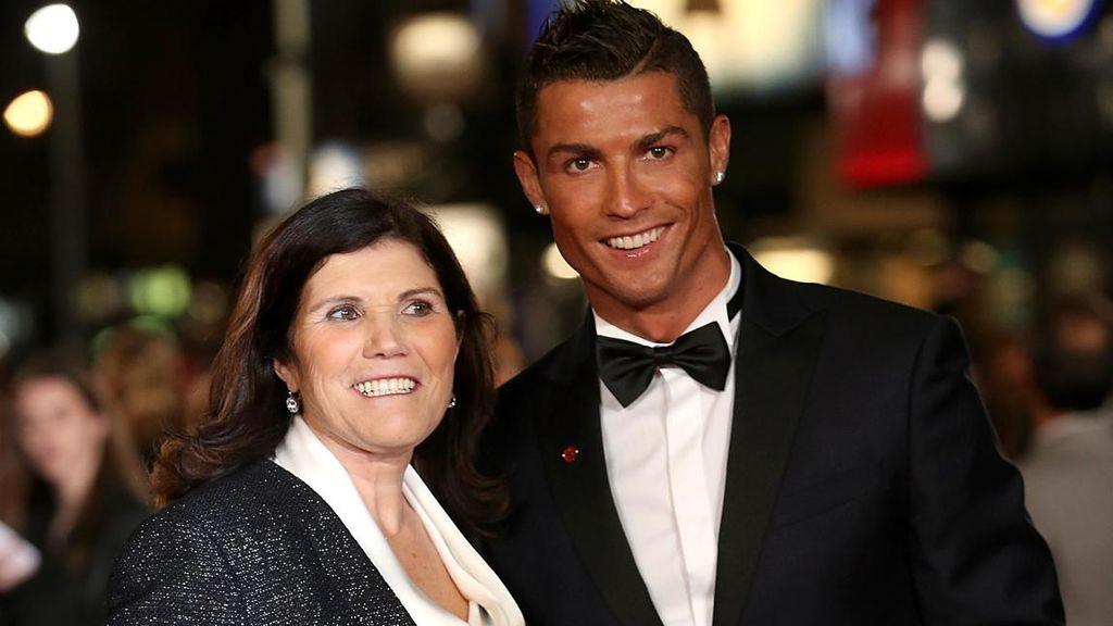 El regalo de Cristiano Ronaldo a su madre en plena crisis económica del coronavirus: un coche de más de 100.000 euros