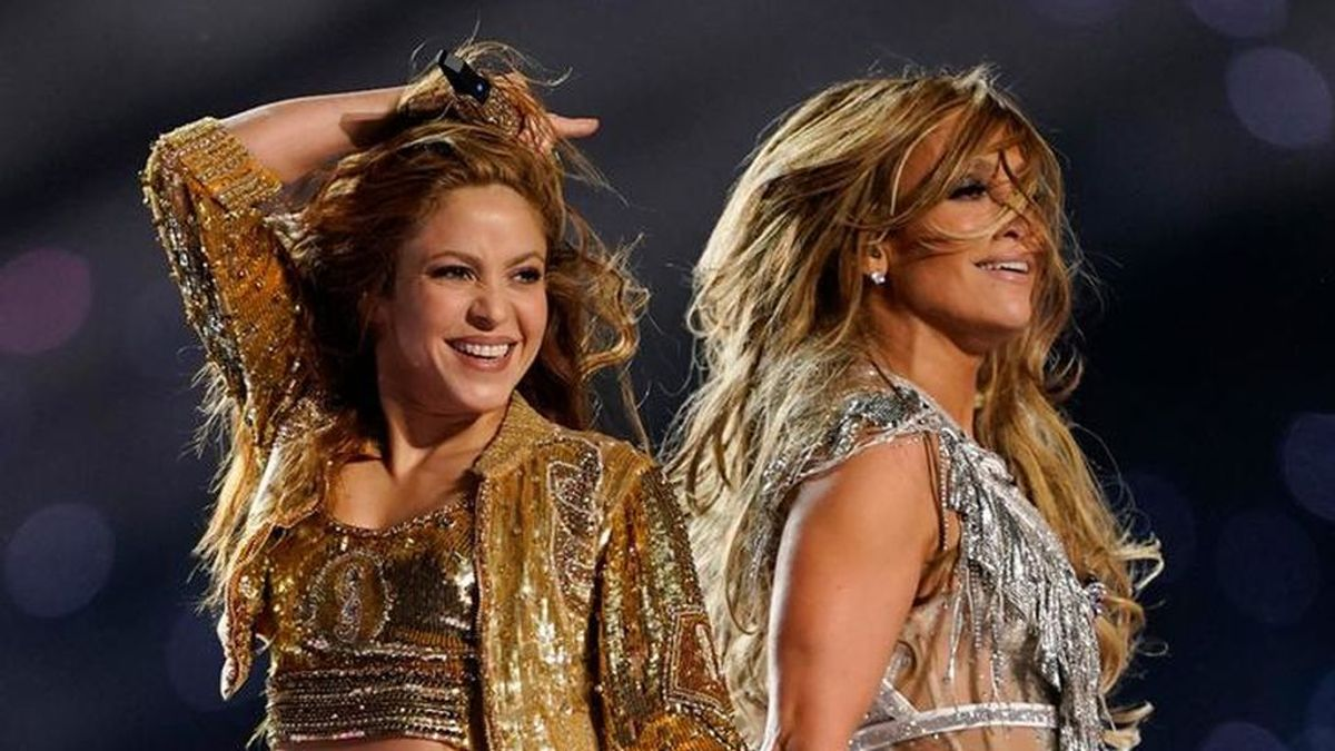 Jennifer López publica junto a Shakira imágenes inéditas de la Super Bowl
