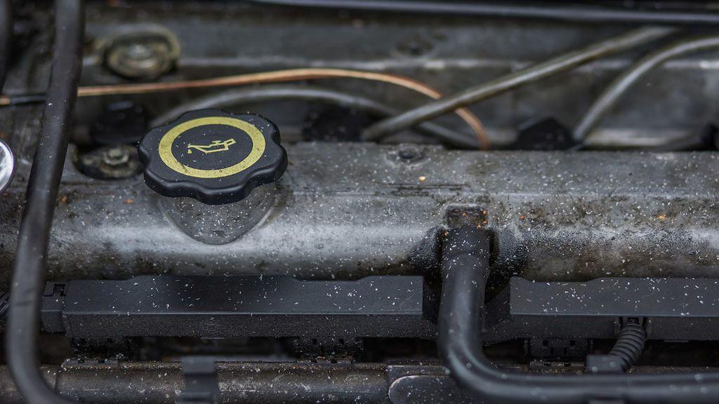 ¿Qué puede pasarle a tu coche si te saltas el cambio de aceite?